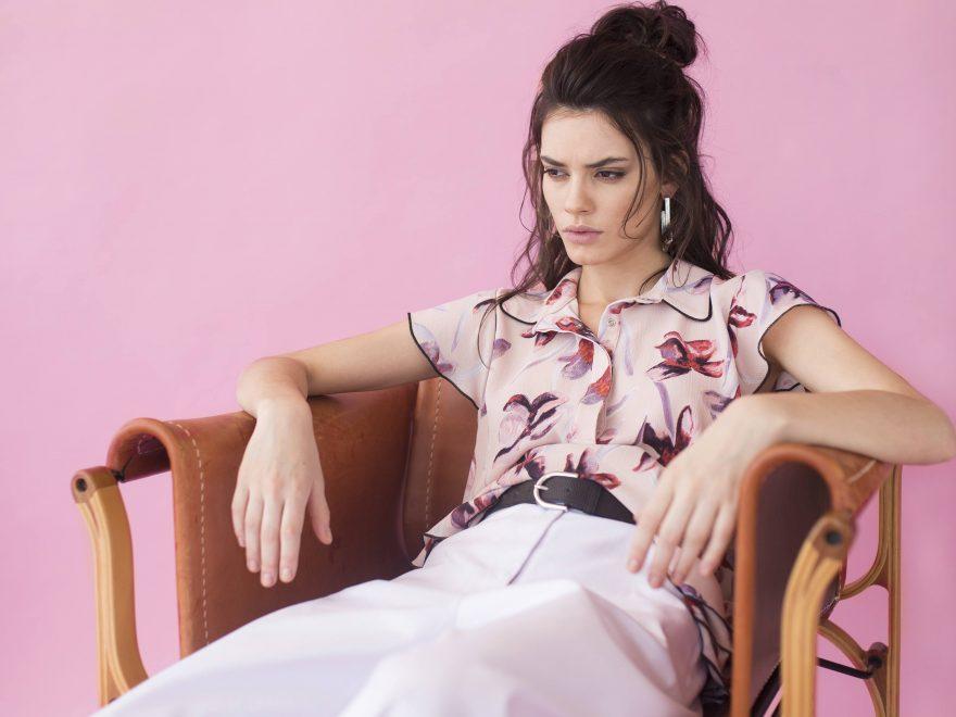 Følg de nyeste trends med tøj fra Second Female